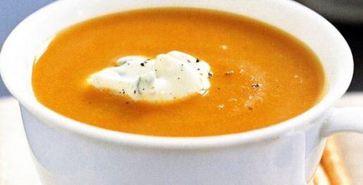 Polévka z mrkve a cizrny